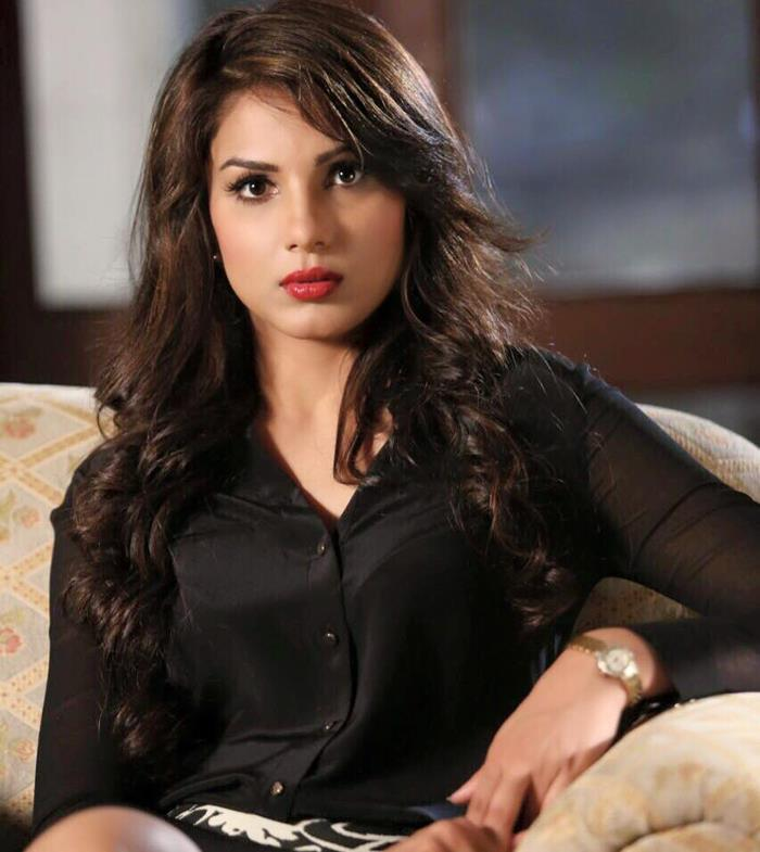monica gill model mobile phone number  contact details