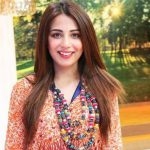 Ushna Shah hot images